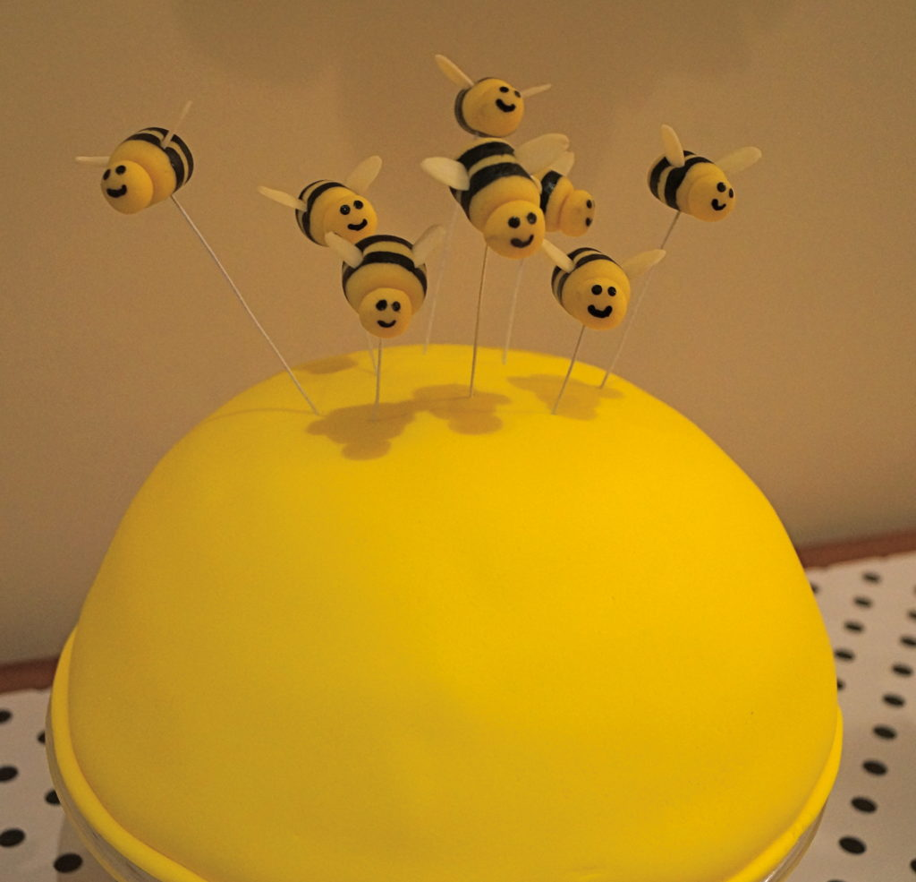 bumble bee cake toppers how-to tutorial sliced almond wings swarming